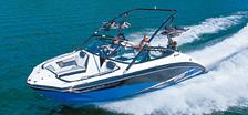 スポーツボート